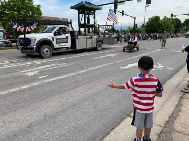 parades-remind-me-4